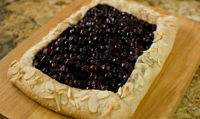 Rustic Blueberry Tar