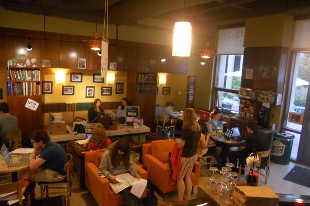 Best Shop Near American University: Davenport Coffee ...