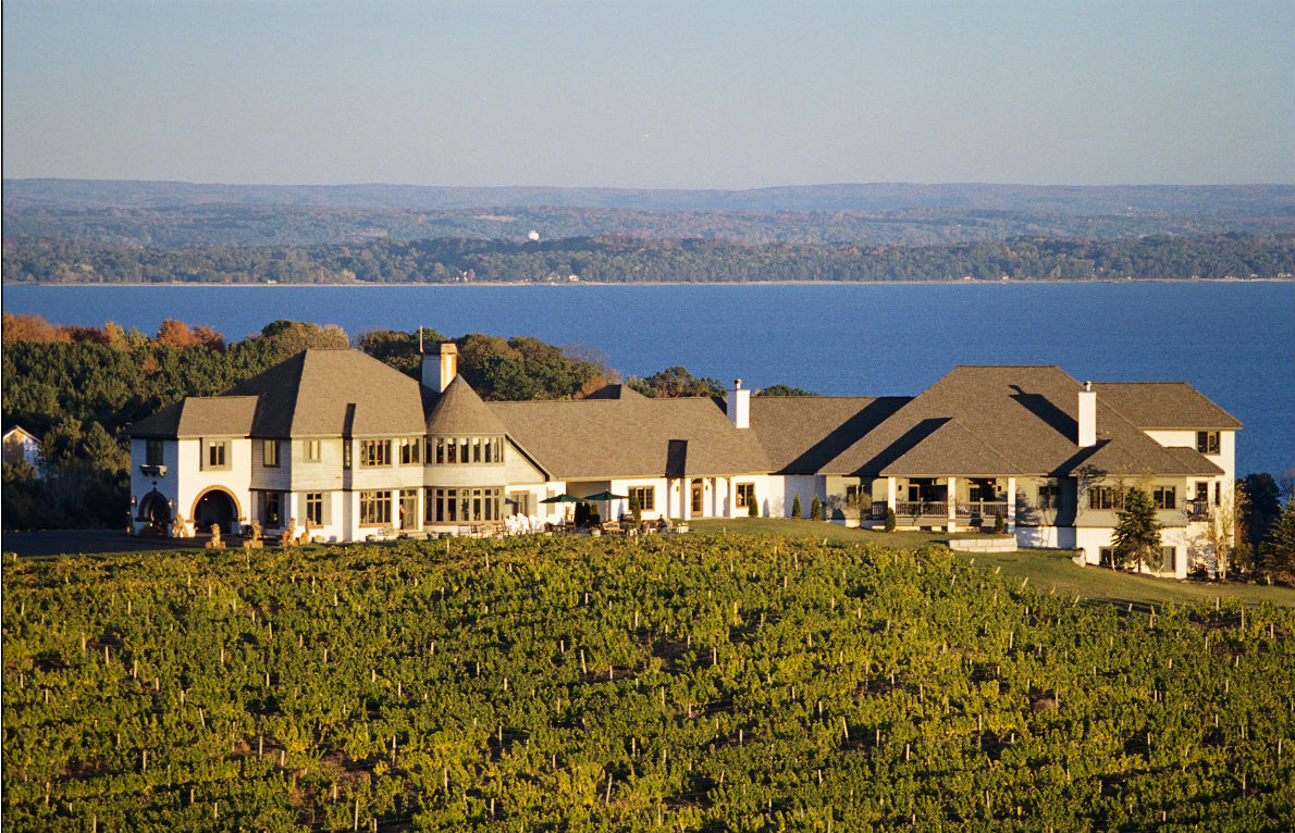 Couples don't come to the picturesque hotel just for views of vineyards and fresh water.