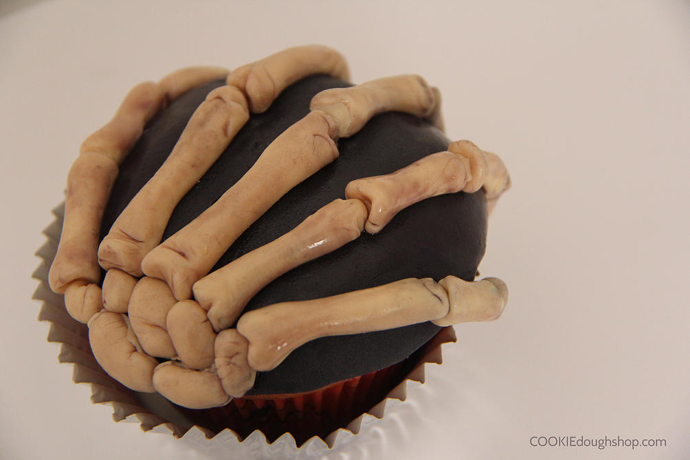Skeleton's Hand Cupcake